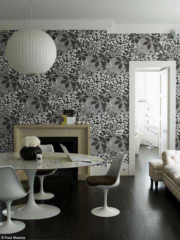 Marth Armitage wallpaper via-decor8