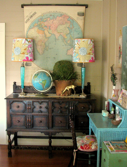 Flickr group, Thrift Store Decor via-apartment therapy