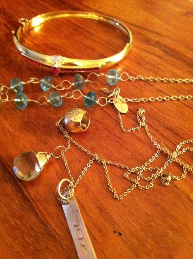 beautiful...most of which is Nashelle jewelry...<3 Photographed by Kristen (Feather & Nest)