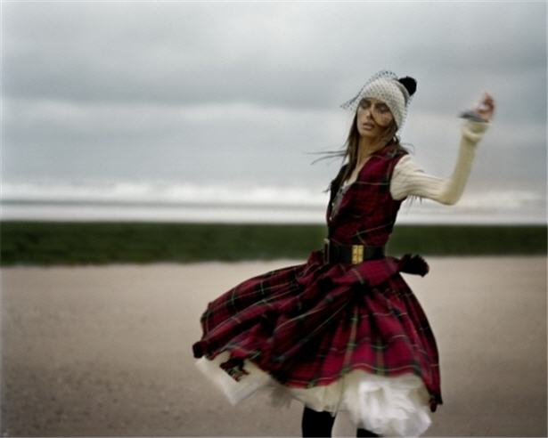 Tartan Fashion Trends 2012 via-Wonders...Made with Love in Spain