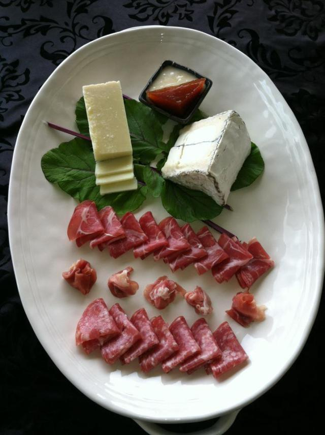 Pupus anyone? Humboldt Fog goat cheese, Pecorino Romano cheese with Volcano Island white honey and quince paste, assorted Italian meats. Chef: Lyn Utsugi