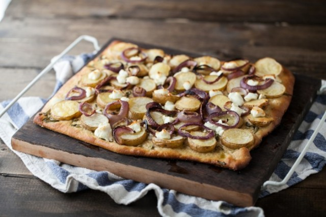 Roasted Potato, Rosemary, and Goat Cheese Pizza via-Naturally Ella