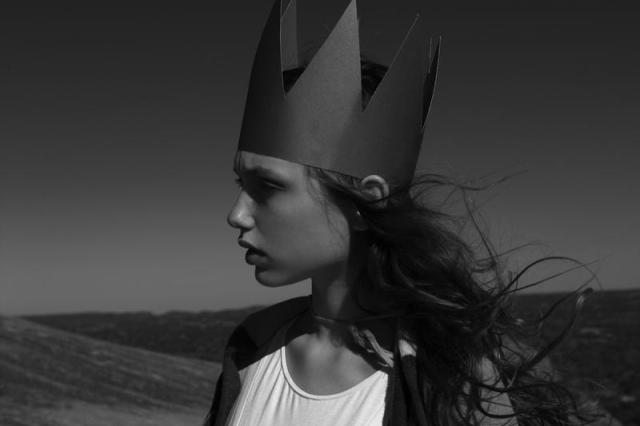 La Roca, photographed by Molly Dickson, model-Scarlett Davis, styled by Lindsey Dickson via-Fashion Gone Rogue