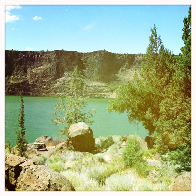 Lake Billy Chinook- Photographed by Feather & Nest